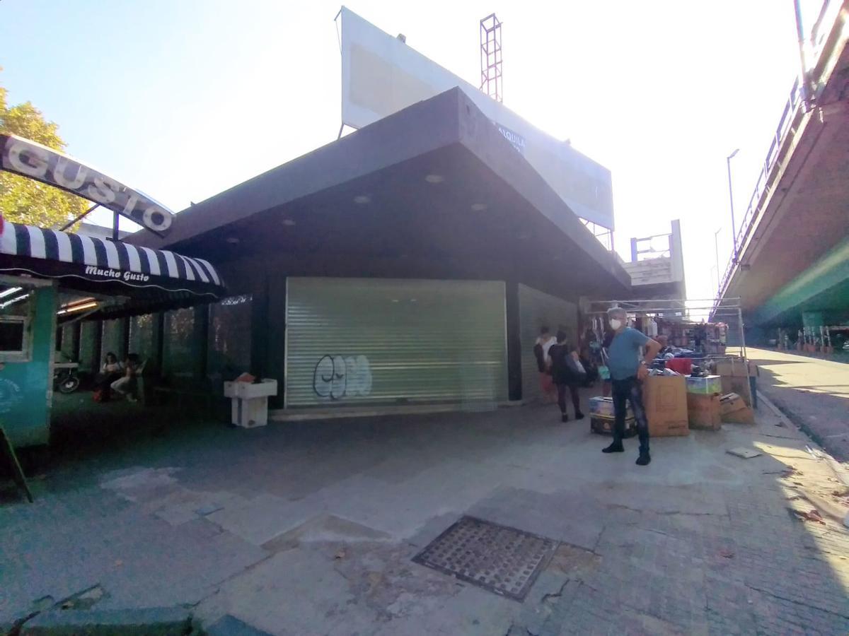 Foto Depósito en Venta en  Paso Molino ,  Montevideo  Av Agraciada y Marcelino Díaz