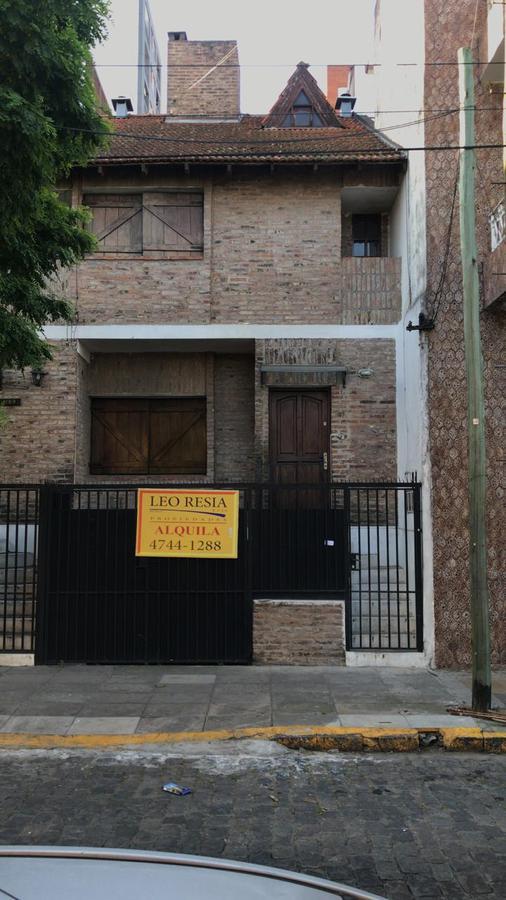 Foto Casa en Alquiler en  S.Fer.-Vias/Centro,  San Fernando  CHACABUCO 1163