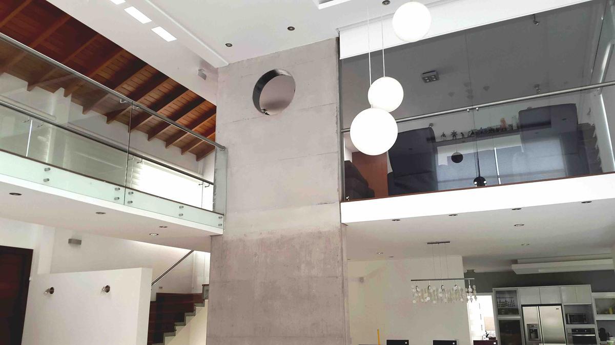 Foto Casa en Venta en  Cumbayá,  Quito  Urbanización La Viña
