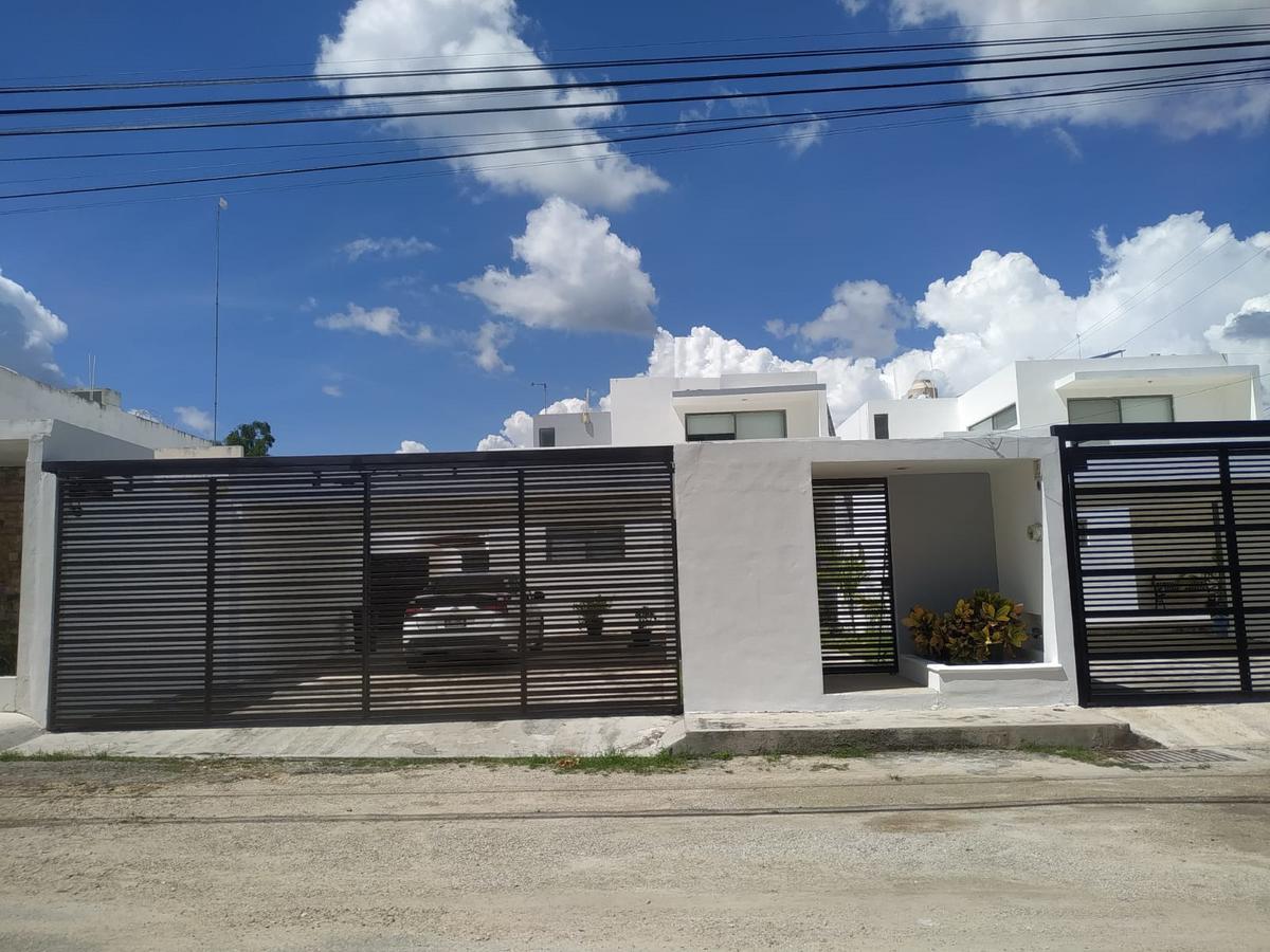 Foto Casa en Renta en  Pueblo Conkal,  Conkal  Casa en renta- 3 habits y piscina- al norte de mérida