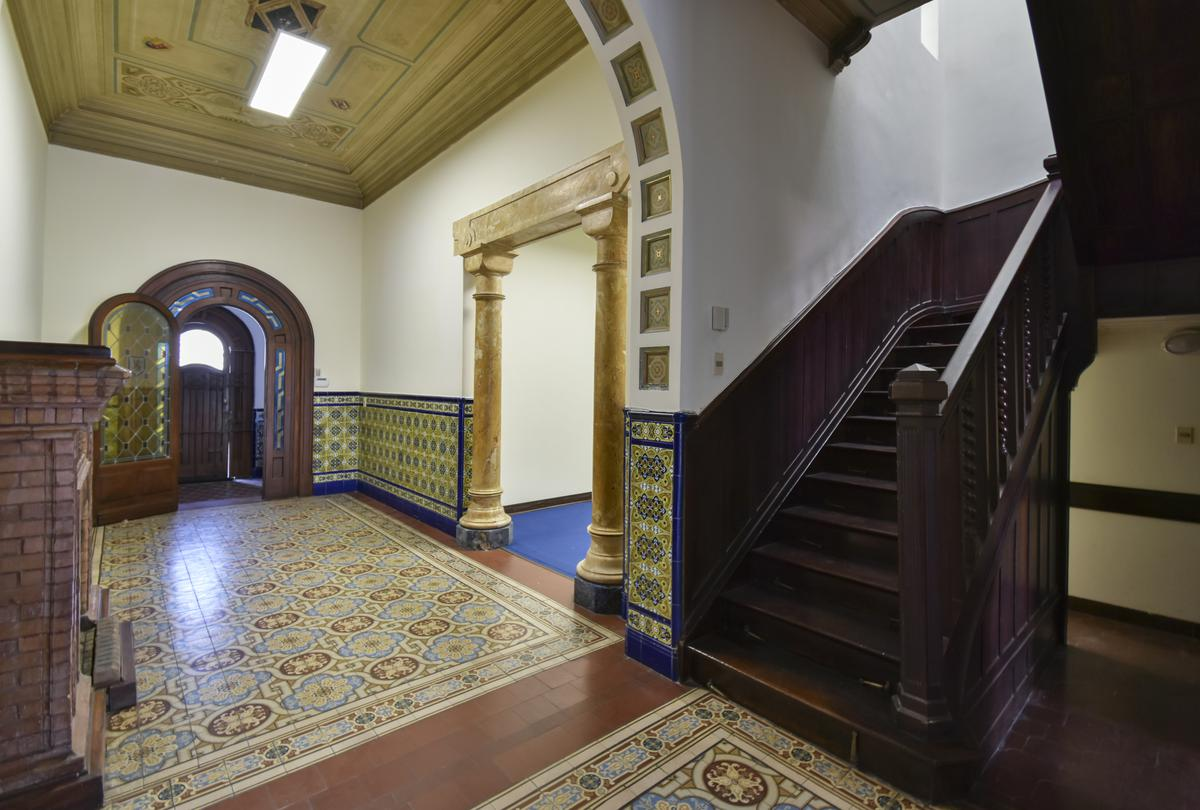 Foto Casa en Alquiler en  Pocitos ,  Montevideo  Obligado al 1300