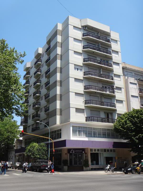 Foto Departamento en Alquiler en  Centro,  Mar Del Plata  La Rioja y Av. Colón