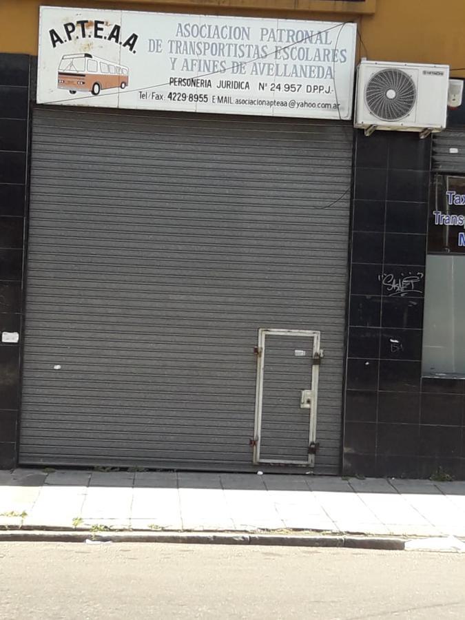 Foto Local en Alquiler en  Avellaneda,  Avellaneda  25 de mayo al 500