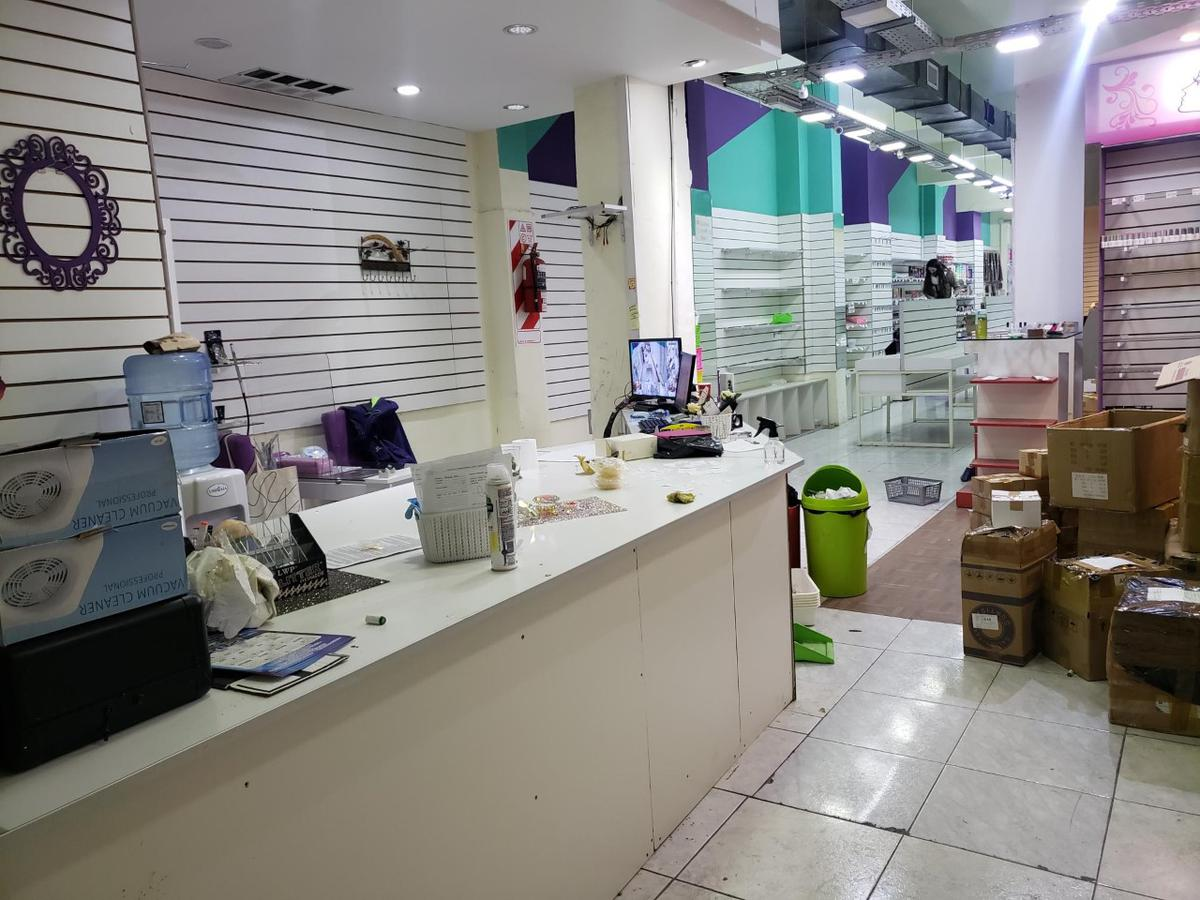 Foto Local en Alquiler en  Once ,  Capital Federal  Corrientes al 2500