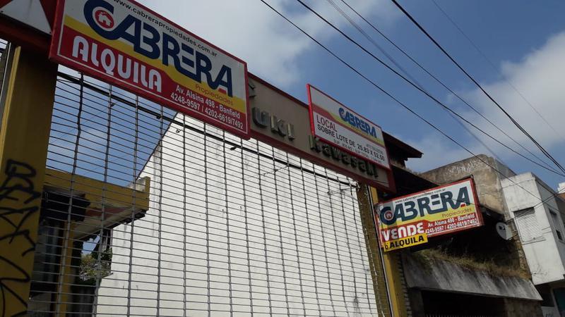 Foto Local en Venta | Alquiler en  Banfield Oeste,  Banfield  HIPOLITO YRIGOYEN 7160