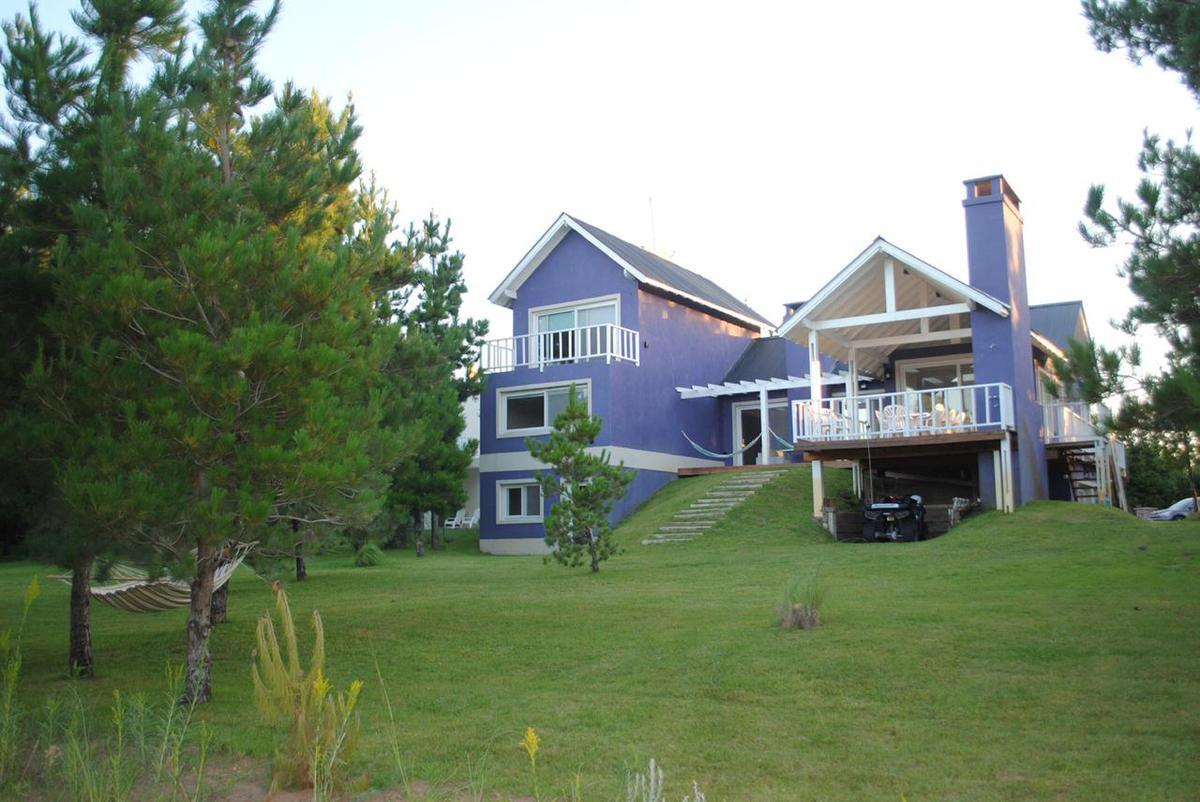 Foto Casa en Alquiler en  Los Senderos I,  Countries/B.Cerrado (Pilar)  COSTA ESMERALDA al 300