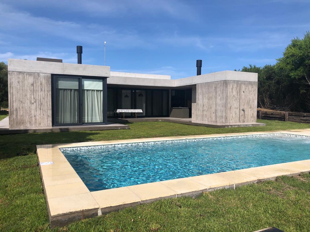 Foto Casa en Alquiler temporario en  Costa Esmeralda,  Punta Medanos  Residencial II 189