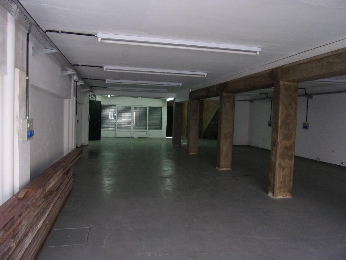 Foto Galpón en Alquiler en  Belgrano,  Rosario  ZUVIRIA al 5900