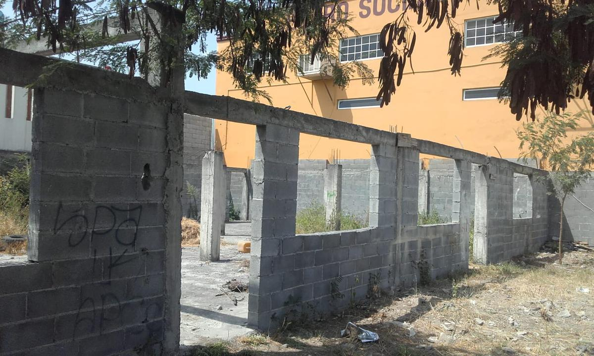 Foto Terreno en Venta en  Fomerrey La Unidad,  Gral. Escobedo  Unidad deportiva al 300
