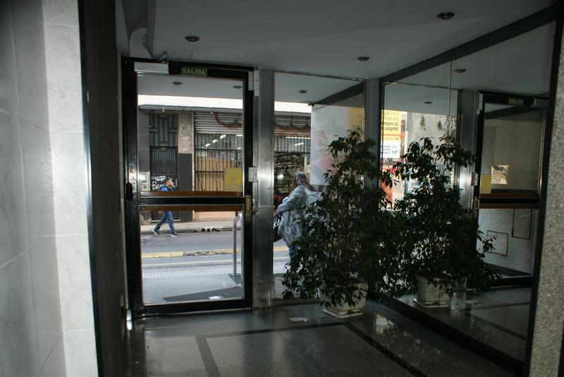 Foto Departamento en Alquiler en  San Telmo ,  Capital Federal  Tacuari al 800