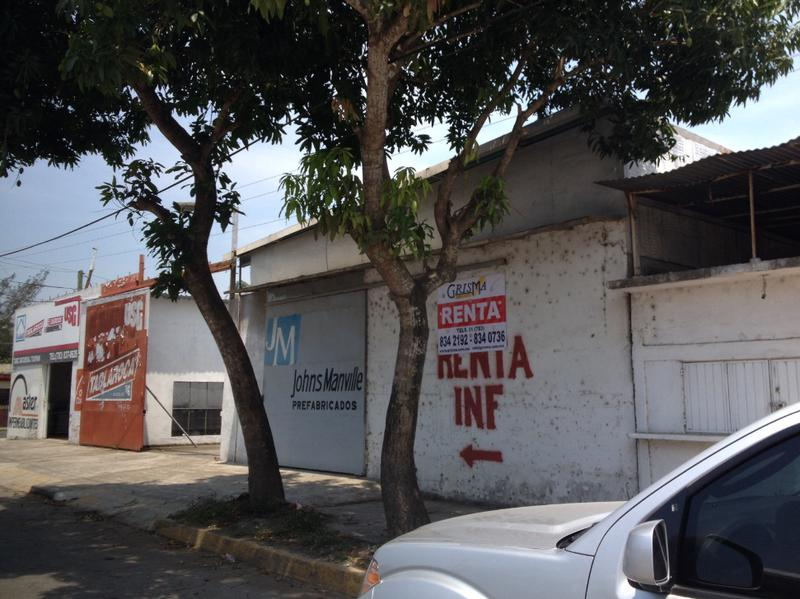 Foto Bodega Industrial en Renta en  Adolfo Ruiz Cortines,  Tuxpan  BODEGA EN RENTA EN AV. CUAUHTÉMOC