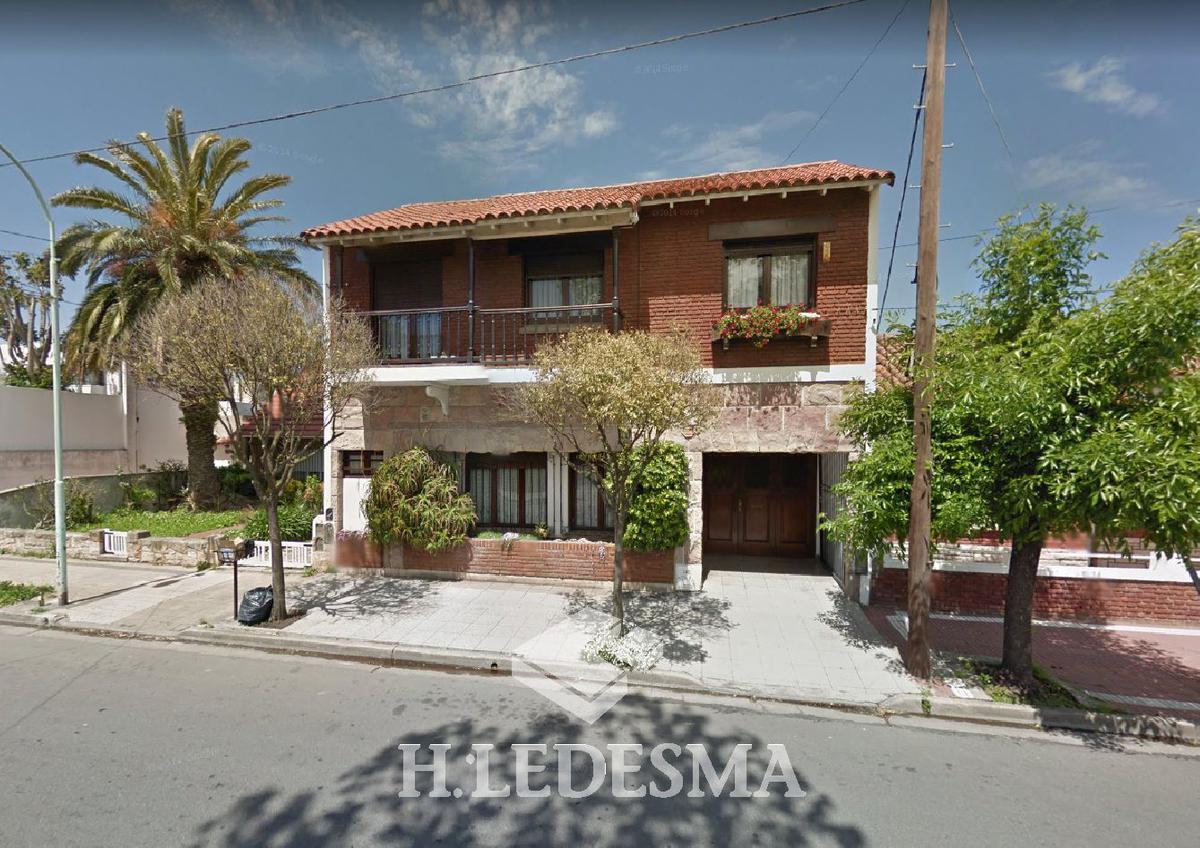 Foto Casa en Venta en  Chauvin,  Mar Del Plata  PRIMERA JUNTA 2700