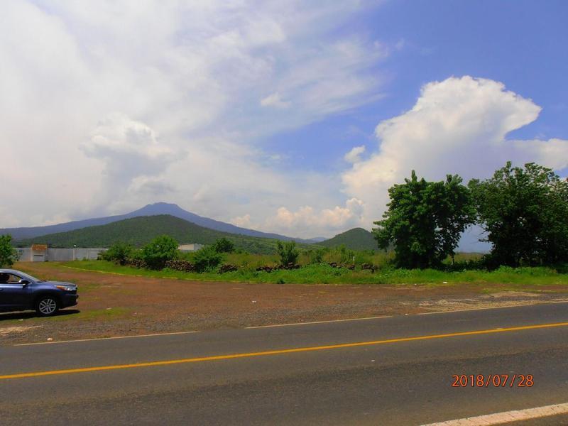 Foto Terreno en Venta en  Chilchota ,  Michoacán     7,838 M2     Terreno en Chilchota
