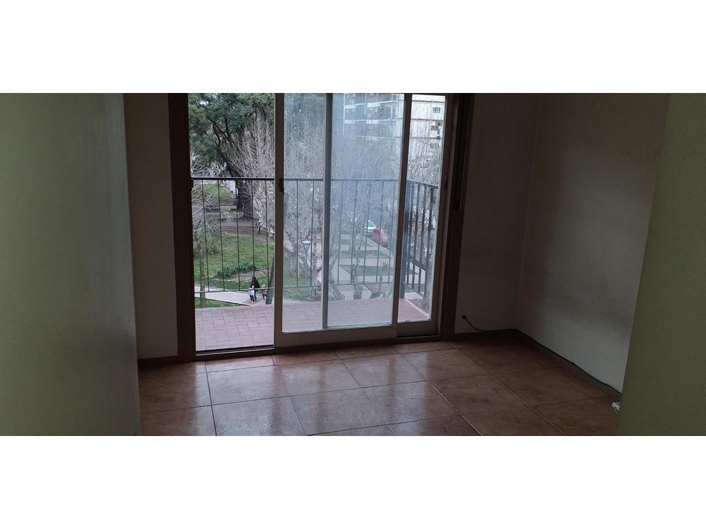 Foto Departamento en Alquiler en  Ramos Mejia Norte,  Ramos Mejia  RICCHIERI al 100