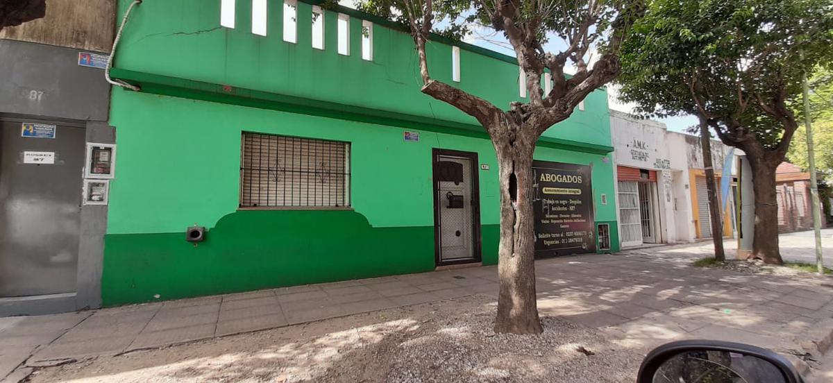 Foto Local en Alquiler en  Centro (Moreno),  Moreno  Cjal Rosset 85