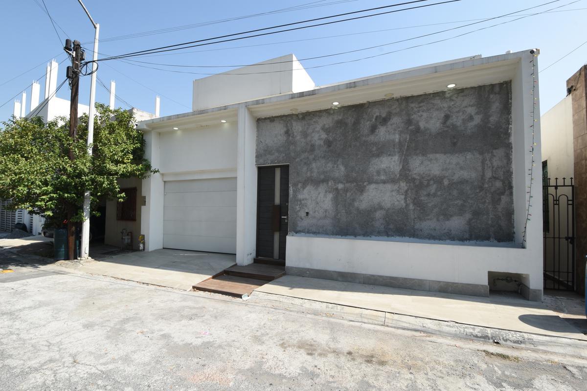Foto Casa en Renta en  Cumbres 3er Sector,  Monterrey  RENTA CASA CUMBRES