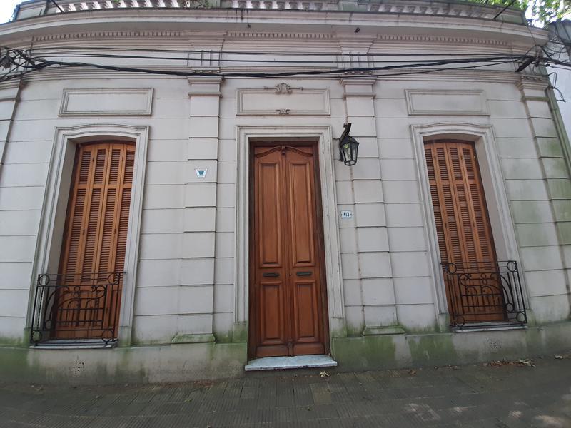 Foto Casa en Alquiler en  Colonia del Sacramento ,  Colonia  Muy buena propiedad de época en el centro de Colonia