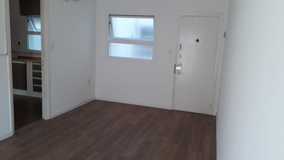 Foto Apartamento en Alquiler en  La Blanqueada ,  Montevideo  Urquiza y Jaime Cibils