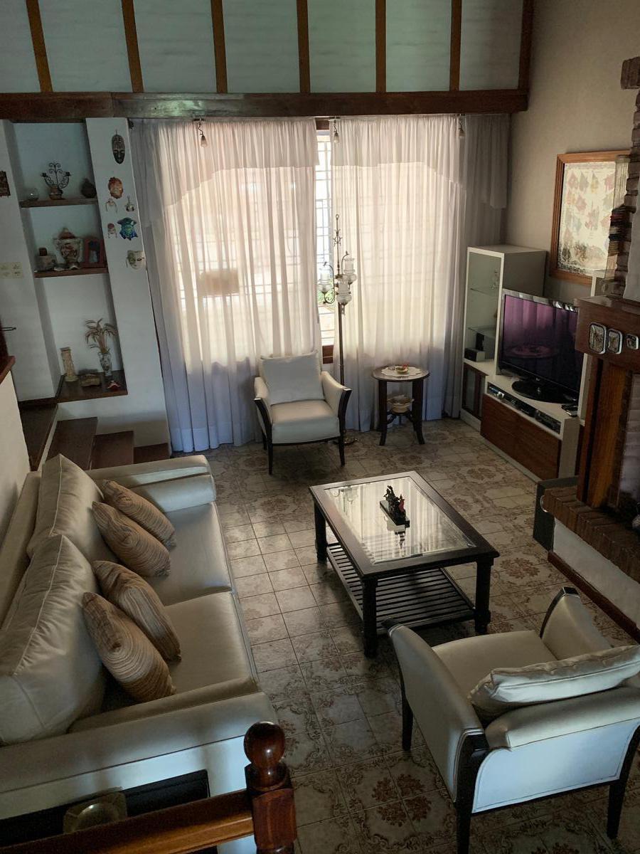 Foto Casa en Venta en  San Andres,  General San Martin  Leandro N. Alem Nº 3500