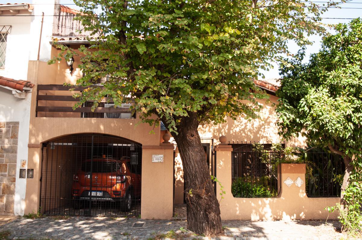 Foto Casa en Venta en  Vict.-B.Centro,  Victoria  Palacios al 1000