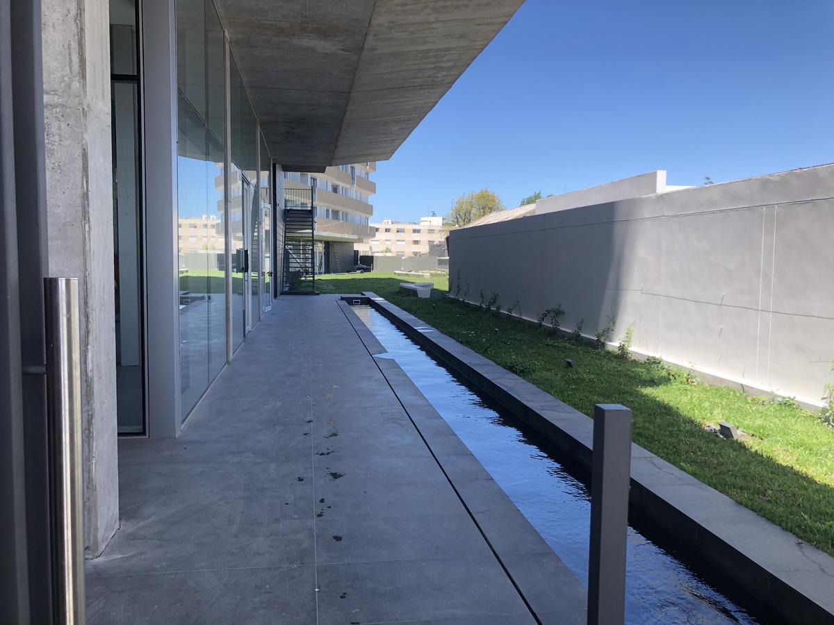 Foto Apartamento en Venta en  Malvín ,  Montevideo  Av. Italia apto al 200