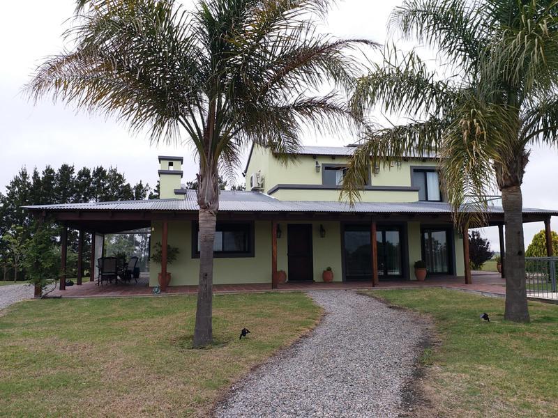 Foto Chacra en Venta en  Colonia del Sacramento ,  Colonia  Chacra de 5,46hs con muy buenas construcciones