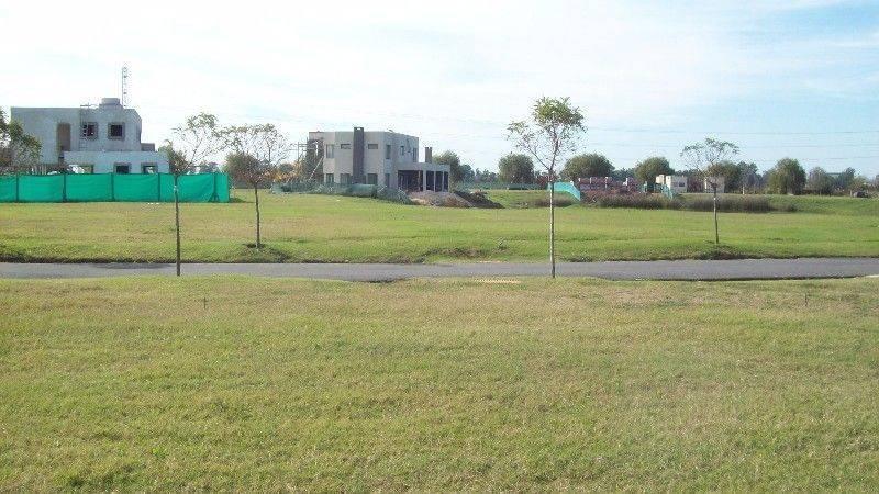 Foto Terreno en Venta en  Santa Isabel,  Countries/B.Cerrado (Escobar)  Barrio Santa Isabel al al 100