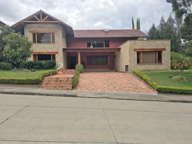 Foto Casa en Venta en  Cuenca ,  Azuay  Challuabamba