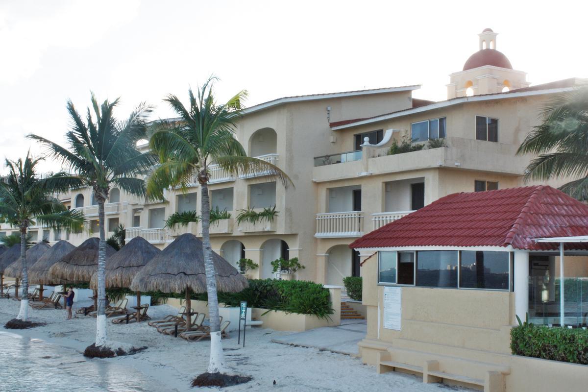 Puerto Juárez Apartment for Sale scene image 2
