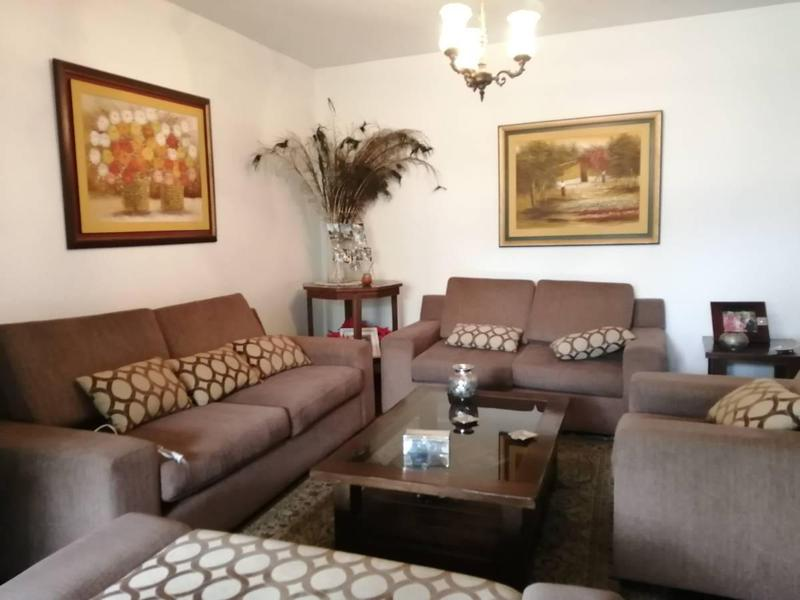 Foto Casa en Venta en  Santiago de Surco,  Lima  jiron eduardo de rivero y ustariz