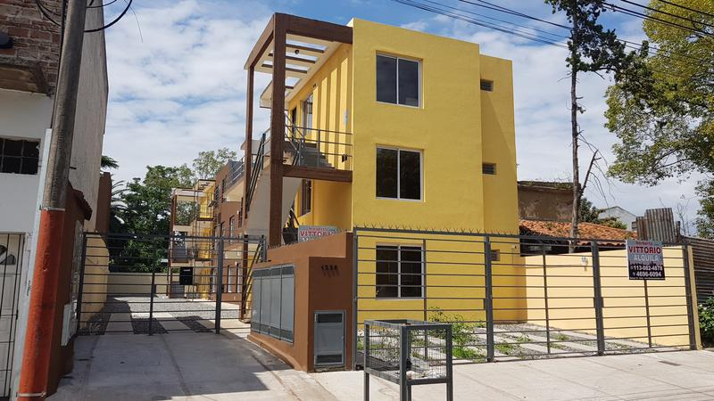 Foto Departamento en Venta en  Moron Sur,  Moron  San Martin al 1200