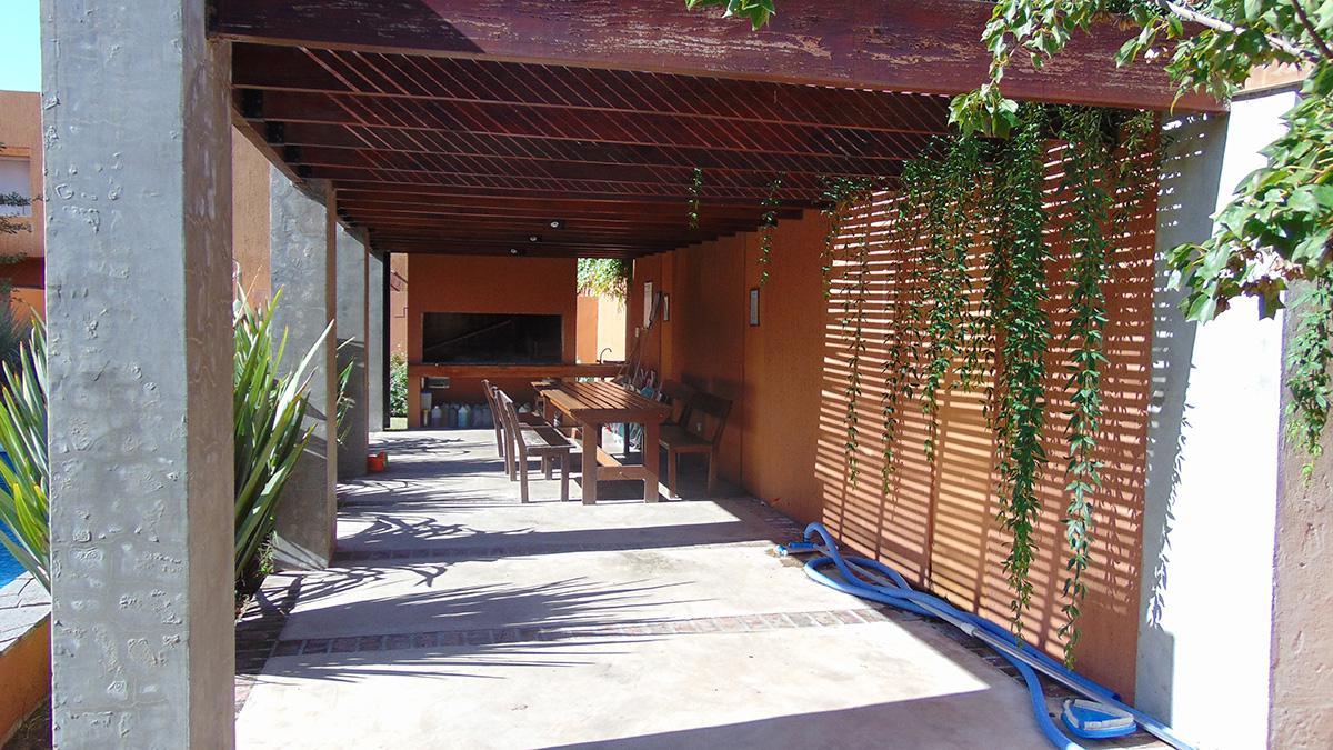 Foto Departamento en Venta en  General Pico,  Maraco  1 e/ Av.  y 18