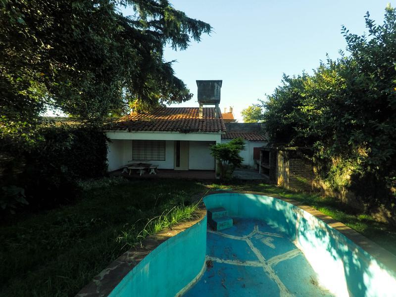Foto Casa en Venta en  Los Polvorines,  Malvinas Argentinas  Emilio Zola al 2500