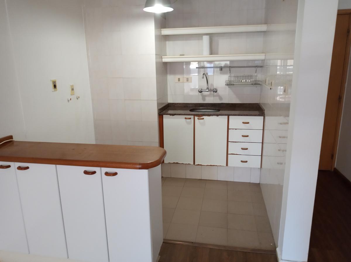 Foto Apartamento en Alquiler en  Punta Carretas ,  Montevideo  José María Montero al 3000
