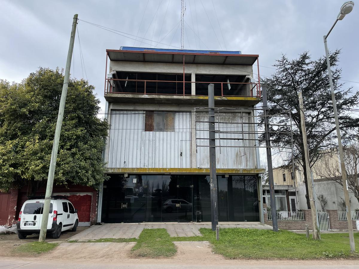 Foto Galpón en Venta en  Belen De Escobar,  Escobar  Colectora este km50