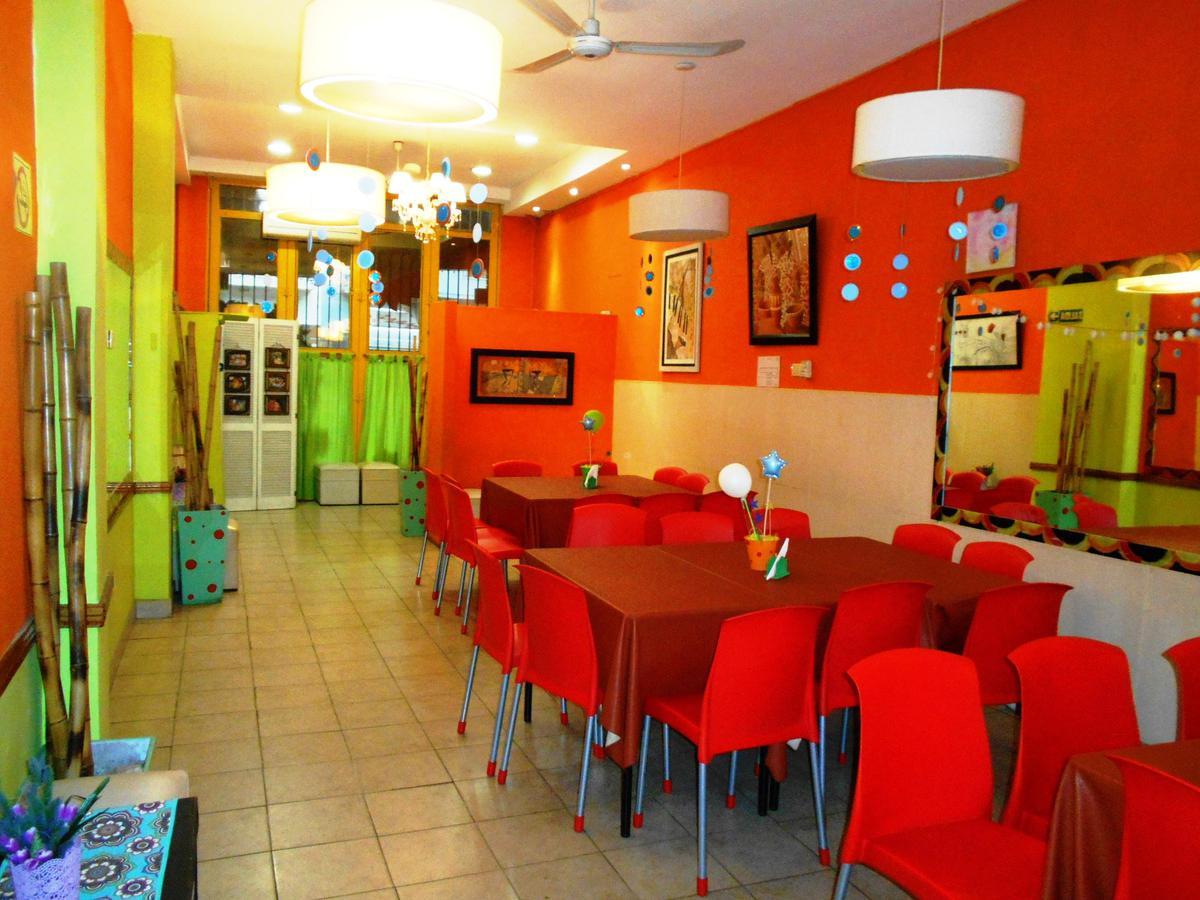 Foto Local en Alquiler en  Villa del Parque ,  Capital Federal  NOGOYA al 2900
