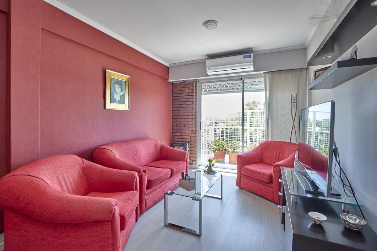 Foto Departamento en Venta en  Villa Raffo,  Tres De Febrero  Las Heras 2604 5A