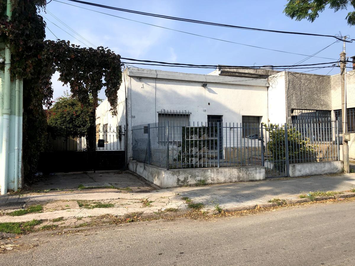 Foto Terreno en Venta en  La Blanqueada ,  Montevideo  Agustín Abreu próximo Luis A. De Herrera