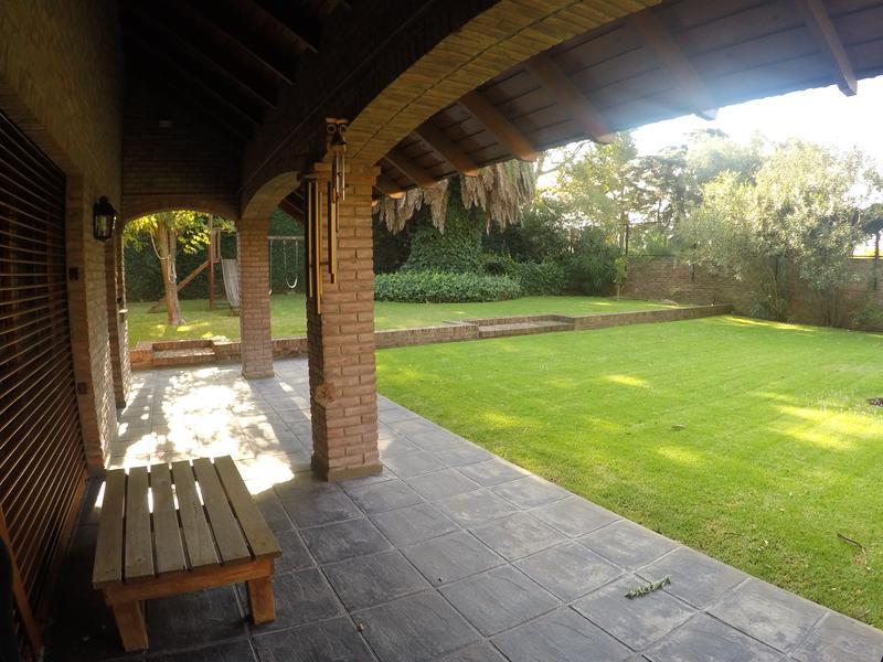 Foto Casa en Alquiler | Venta en  San Fernando,  San Fernando  Gral  Pintos al 900