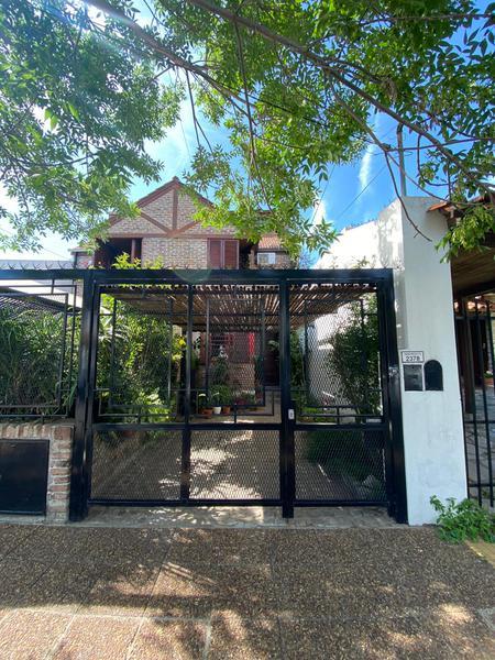 Foto Casa en Venta en  Olivos-Maipu/Uzal,  Olivos  Debenedetti al 2300