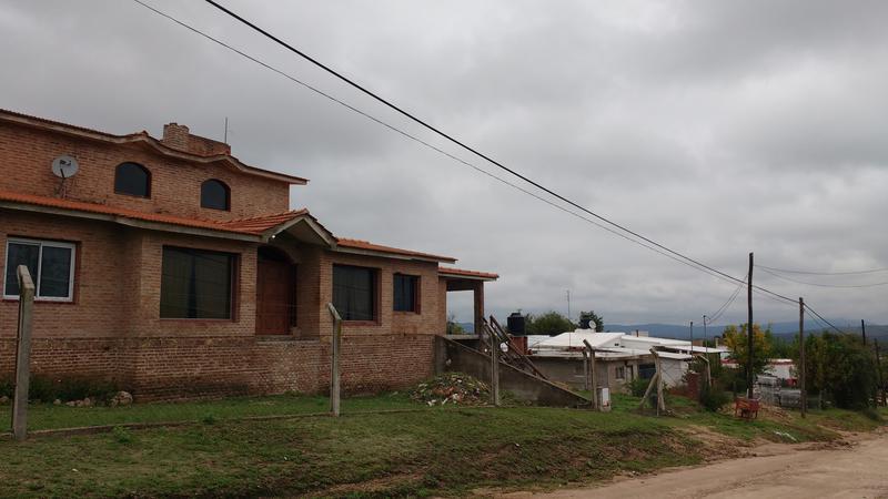 Foto Casa en Venta en  Tanti,  Punilla  uruguay,parador tanti