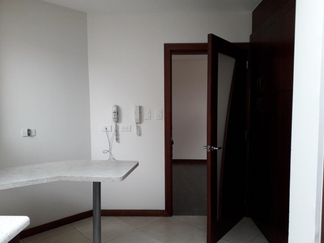 Foto Departamento en Alquiler en  Cumbayá,  Quito          Urbanizacion La Florencia