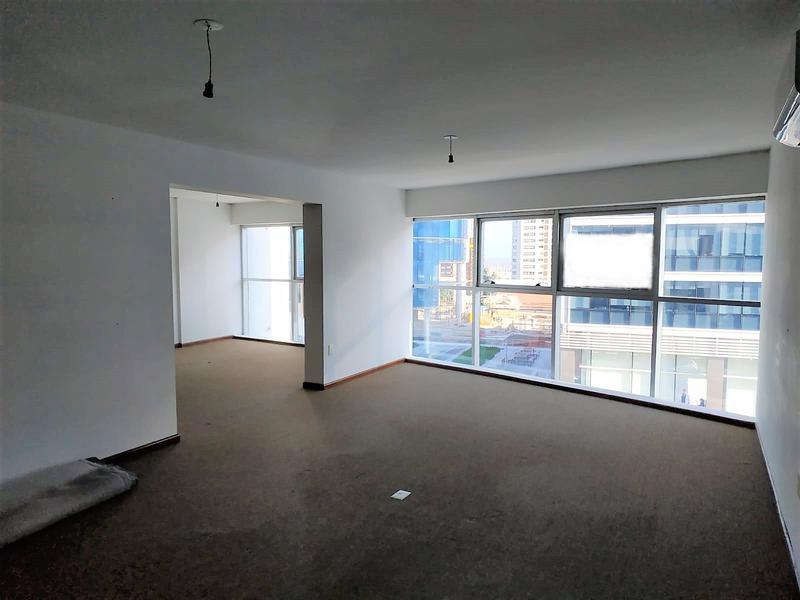 Foto Oficina en Alquiler en  Buceo ,  Montevideo  FRENTE AL WTC - PRONTA PARA ENTRAR!