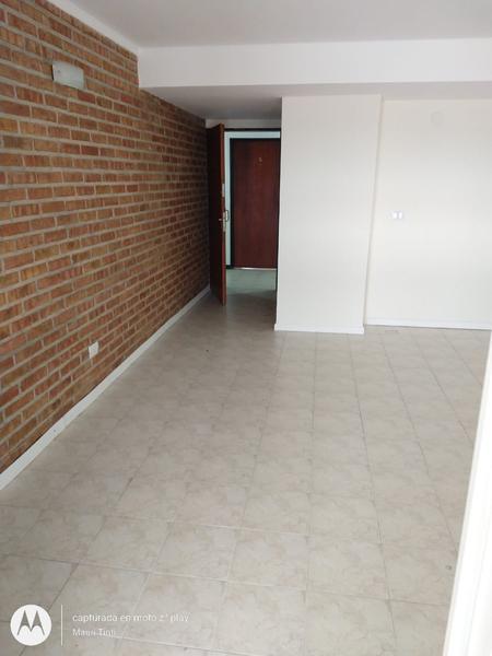 Foto Oficina en Alquiler en  Santa Genoveva ,  Capital  OFICINA LELOIR  al 200
