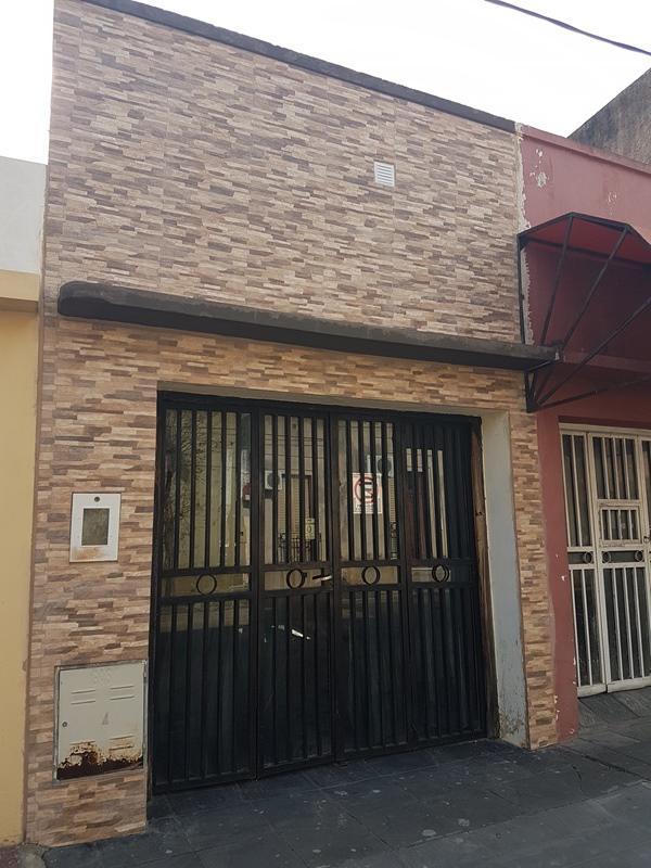 Foto Casa en Venta en  Concordia ,  Entre Rios  Saavedra al 300
