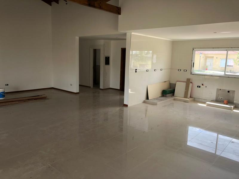 Foto Casa en Venta | Alquiler en  Canning,  Canning  SANTA JUANA