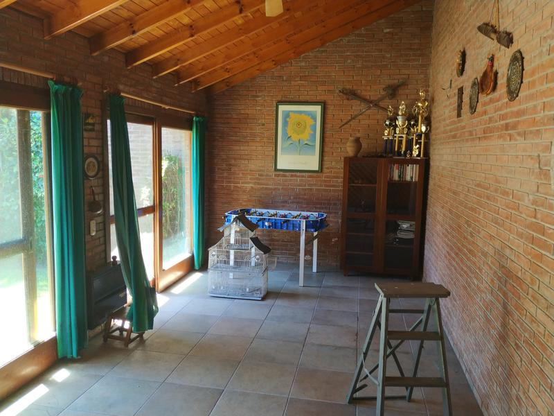 Foto Casa en Venta en  Adrogue,  Almirante Brown  J de la Peña al 200