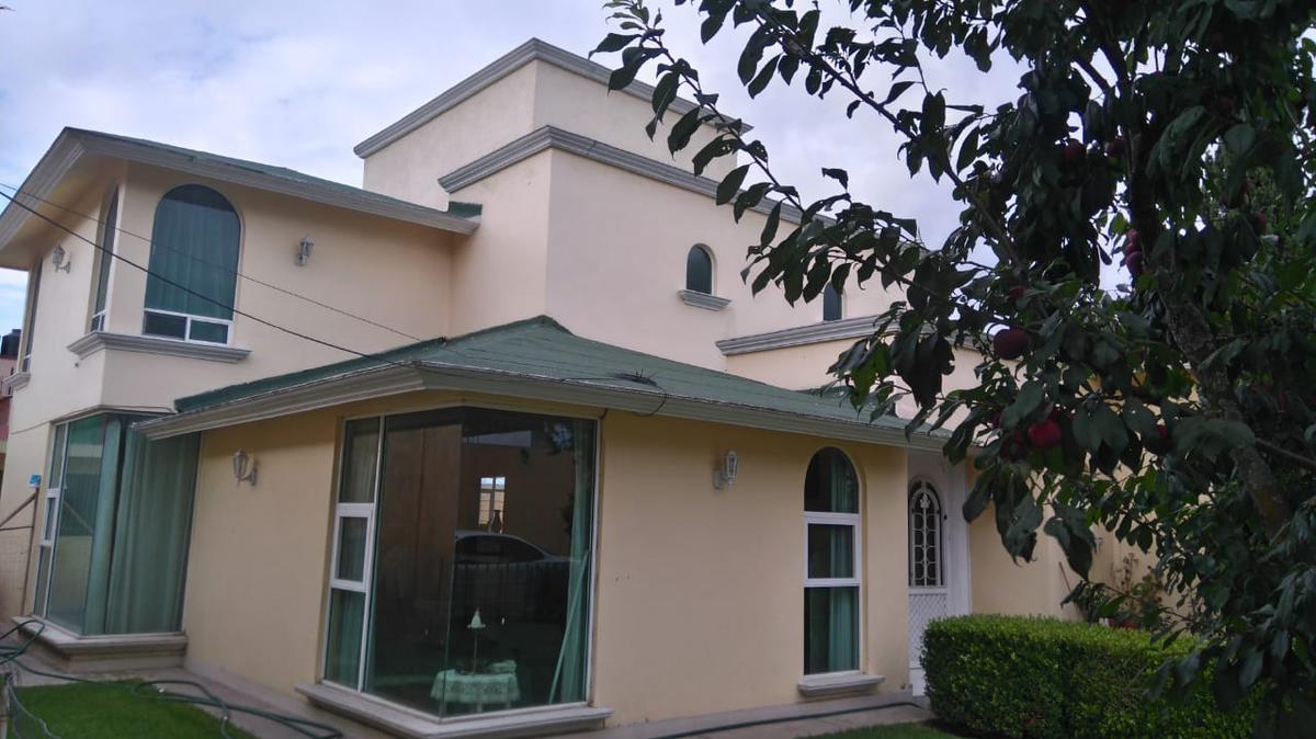 Foto Casa en Venta en  Metepec ,  Edo. de México  Casa en Venta en Metepec Col. Lazaro Cárdenas