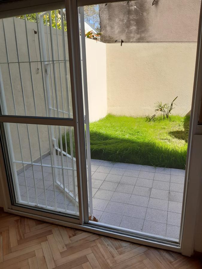 Foto Departamento en Venta en  Echesortu,  Rosario  Venta - 1 dormitorio con patio - Echesortu - Coronel Domínguez 1458