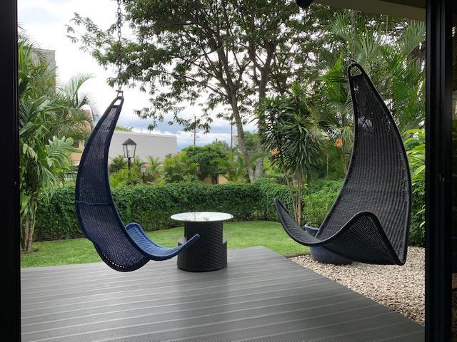 Foto Casa en condominio en Venta en  San Rafael,  Escazu  Escazu/Excelente ubicación/4 habitaciones/Electrodomeesticos/Jardin